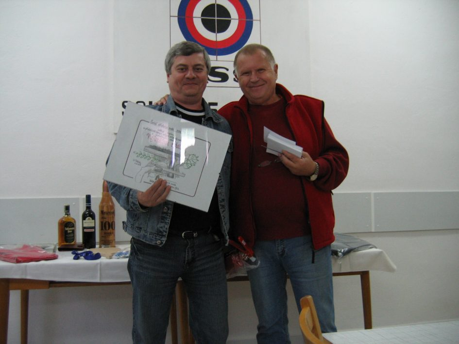 Vítěz Karel Rýn s předsedou SSK0215